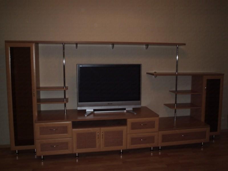 Стенка с местом под ТВ